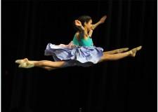 Bellaria Igea Marina. Si sono aperti con la parata inaugurale i campionati mondiali di danza sportiva al Palacongressi.