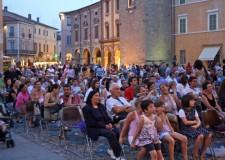 Bagnacavallo. la città celebra la Festa d'Europa con 'I love europa'. Festa in piazza con musica, gastronomia e messaggi di pace.