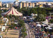 Rimini. Un week end da tutto esaurito per il circo dei sapori Al Méni, 70mila le presenze. Grande cucina immersi in un'atmosfera felliniana.