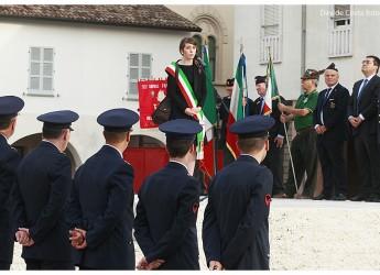 Lugo. Celebrato il 97° anniversario della morte di Francesco Baracca. Aerei in volo sulla città e corteo motociclistico.