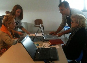 Rimini. Alfabetizzazione digitale, entrano nel vivo le attività legate al progetto Pane e Internet per un computer accessibile a tutti.