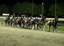 Cesena. Pronta la stagione 2015 dell'ippodromo del Savio, trentadue emozionanti serate da vivere insieme ai cavalli con l'intera famiglia.