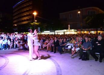 Gatteo Mare. La grande musica protagonista del week end della Notte Rosa. In piazza Romagna Mia concerti da non perdere.
