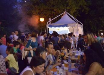 Bagnara di Romagna. Successo per l'edizione 2015 del Popoli Pop Cult Festival. Cucine da tutto il mondo, bazar, spettacoli all'insegna dell'amicizia tra i popoli.
