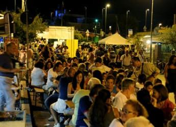 Bellaria Igea Marina. 'Il porto in festa' ha inaugurato l'inizio della stagione turistica cittadina tra musica, divertimento e ottimo cibo marinaro.
