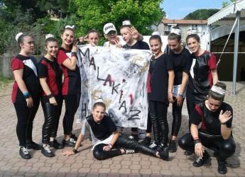 Savignano sul Rubicone. Camilla Duraccio e Chiara Bonoli si laureano a Bellaria campionesse del mondo di danza sportiva con l'hip hop.