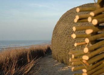 Italia & Mondo. Belgio. A Beaufort in programma la Triennale di arte contemporanea allestita in più di 65km di suggestiva costa.