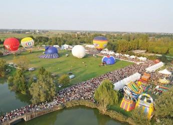 Ferrara. Pronti a volare, in città ritorna il 'Balloons festival', l'evento più importante d'Italia dedicato alle mongolfiere.