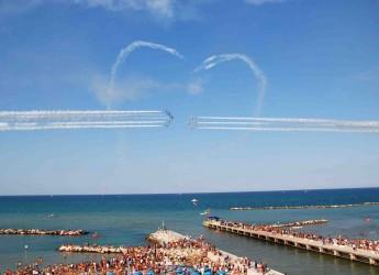 Bellaria Igea Marina. Occhi al cielo, nel week end arrivano le Frecce Tricolori per il 'Bellaria Igea Marina Air Show 2015′.