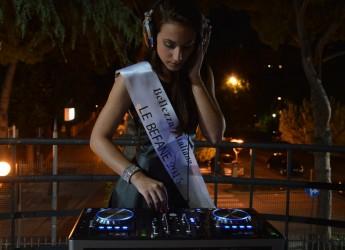 Italia. Il concorso Bellezza Italiana al passo con i tempi, nelle prossime serate le nuove fasce di 'Girl deejay' e 'Vocalist girl'.