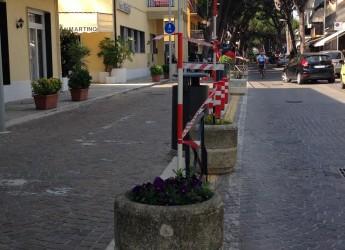 Riccione. Nuovo look in viale San Martino, partiti in mattinata i lavori di riqualificazione che dureranno una settimana.