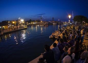 Cesenatico. Le località dell'Adriatico si sfidano al 24° Palio della Cuccagna, evento tradizionale della località.