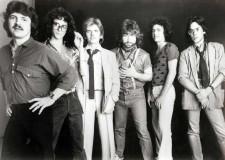 Cesena. Omaggio alla grande band americana dei 'Toto' con il concerto alla Rocca dei veneti 'T-Side'.