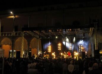 Faenza. Al via il MEI. Quattro giorni dedicati alla musica indipendente italiana con il primo festival del cinema musicale italiano.