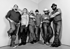 Rimini. A Castel Sismondo l'anteprima nazionale di 'Cross the river', il nuovo album dei Nashville & Backbones.