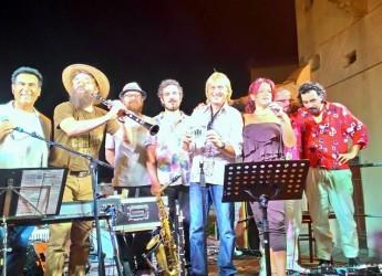 Gatteo Mare. Debutto dell'orchestra 'ExtraLiscio' con Mirco Mariani, storica spalla di Enrico Rava e Vinicio Capossela