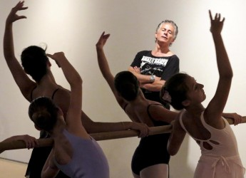 Rimini. Nella Corte del Soccorso lo spettacolo 'Sud' dedicato ai balli tipici dell'Italia meridionale con la compagnia di Raffaele Paganini.