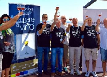 Rimini. Vino e prodotti d'eccellenza del territorio arrivano in spiaggia con tre chilometri di degustazioni e musica. Torna 'Un mare diVino'.