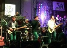 Cesena. Alla Rocca Malatestiana sonorità 'Made in Usa' con il concerto dei 'Tequila Sunrise', cover band degli Eagles.