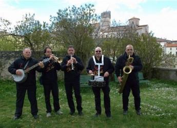 Ferrara. Argenta. La Buxi Dixie Dixieland Marchin' Band chiude la rassegna estiva Martedì d'estate ad Argenta.