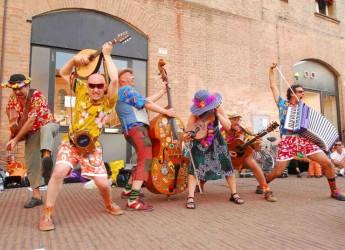 Lugo. Città pronta ad accogliere i buskers in occasione del Ferrara Buskers Festival 2015, che giunge quest'anno alla 28esima edizione.