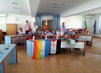 Bellaria Igea Marina. Dodici bambini Saharawi ospiti in città grazie ai fondi devoluti dalla presidenza e dai gruppi consigliari di maggioranza e minoranza.