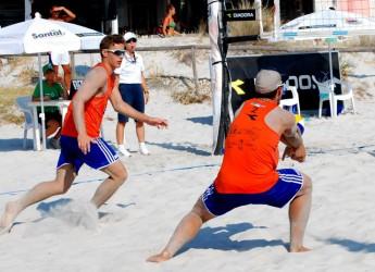 San Marino. Beach Volley. La coppia romagnola Benvenuti – Farinelli nel tabellone principale della finale di Catania degli Italiani.