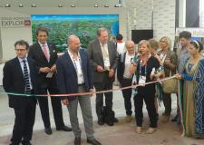 Faenza. La città ha inaugurato all'Expo lo spazio dedicato dalla manifestazione a Piazzetta Emilia Romagna. Una grande vetrina per il territorio.