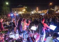 Bellaria Igea Marina. Tutto pronto per la Festa del Mare. Venti musicisti sul palco, aperitivi e degustazioni dei prodotti locali del mare Adriatico.