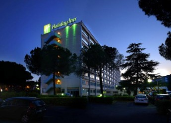 Roma. Completata la ristrutturazione dell'Holiday Inn Rome Eur – Parco dei Medici. Pronto ad accogliere i propri ospiti per offrire il meglio.