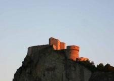 San Leo. La città celebra il passaggio di San Francesco d'Assisi e la donazione del monte della Verna.