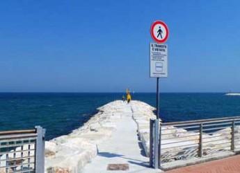Rimini. Segni sull'acqua. Un evento del Festival Biennale del Disegno sulla spiaggia del Rock Island.