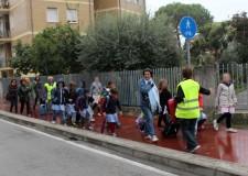 Rimini. Piedibus, la giunta approva i percorsi protetti casa – scuola. Nel 2014 250 bambini partecipanti e 15 linee attivate.