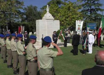 Rimini. La città ha ricordato il 71° anniversario della liberazione. Presenti scuole e autorità.