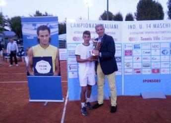 Forlì. Tennis. Andrea Fiorentini si aggiudica il titolo italiano nei campionati under 14 al Tennis Villa Carpena.
