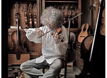 Rimini. Angelo Branduardi ospite alla Sagra musicale malatestiana rende omaggio a mondo fantastico di Tolkien.