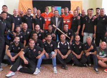 Rimini. I neocampioni d'Italia del Baseball Rimini festeggiati al Teatro Galli. Grande festa per il tricolore.