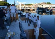Cervia. Momento clou del tradizionale evento 'Sapore di Sale': la rievocazione storica della 'rimessa del sale'.