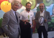 Milano. Il gruppo Alegra/Valfrutta debutta all'Expo con una giornata tutta dedicata al connubio perfetto tra frutta e sport.