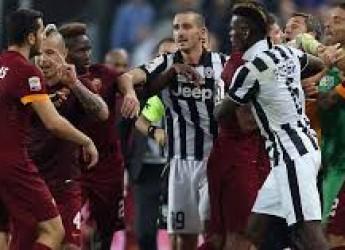 Non solo sport. Flavia lascia. Aru pensa al Tour. Juventus morta e risorta. In attesa della Roma.