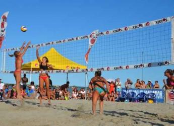 Bellaria Igea Marina. Ultimo week end di sport in spiaggia targati Kiklos con oltre 400 partecipanti. Un successo che chiude una grande stagione.