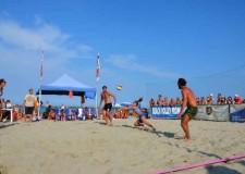 Bellaria Igea Marina. Al via l'ultimo appuntamento con lo sport da spiaggia targato Kiklos con la quinta edizione del Sand Volley 3×3 3 4×4 misto.