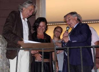Ravenna. Al professore in 'pensione', Marcello Landi, l'apprezzamento della città e l'affetto del liceo artistico Nervi Severini.