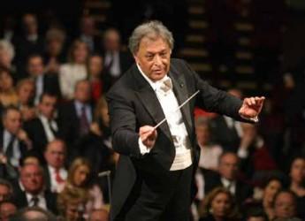 Rimini. Zubin Mehta dirige la Israel Philharmonic Orchestra al Palacongressi in occasione della 66ma Sagra Musicale Malatestiana.