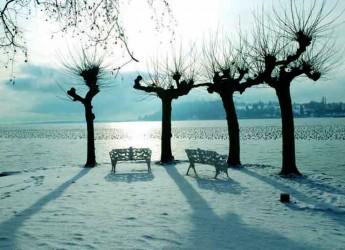 Italia. 3bmeteo.com: 'Svolta invernale, in arrivo pioggia, freddo e neve. Un tracollo di oltre 10 gradi'.