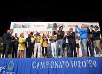 Cesena. Una grande cornice di pubblico ha accompagnato le corse dei cavalli per l'81° Campionato Europeo di Trotto.