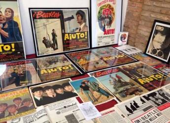Cesena. La musica protagonista a Cesena Fiera. Giradischi, grammofoni e la storia dei Beatles a 'C'era una volta …antiquariato'.