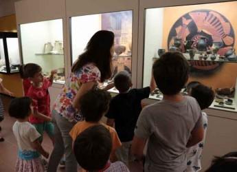 Rimini. 'Nutrirsi ad arte', caccia al tesoro per bambini lungo il percorso della mostra 'Dalla cucina alla tavola'.