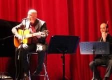 Italia & Mondo. Vienna. Tutto esaurito a Palazzo Sternberg per il concerto del cantautore Michele Fenati.