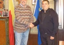 Ravenna. Il sindaco Matteucci ha incontrato il nuovo direttore della Caritas augurandogli buon lavoro.